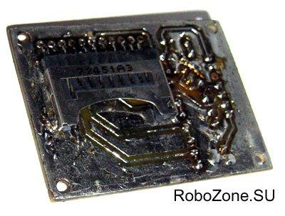 Разъемы для SD/MMC карточек существуюют самых разнообразных конструкций