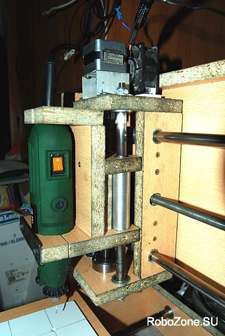 Фрезерный станок своими руками из подручных материалов 3